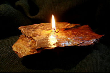 Single Flame Fire Rock Candle-Brown